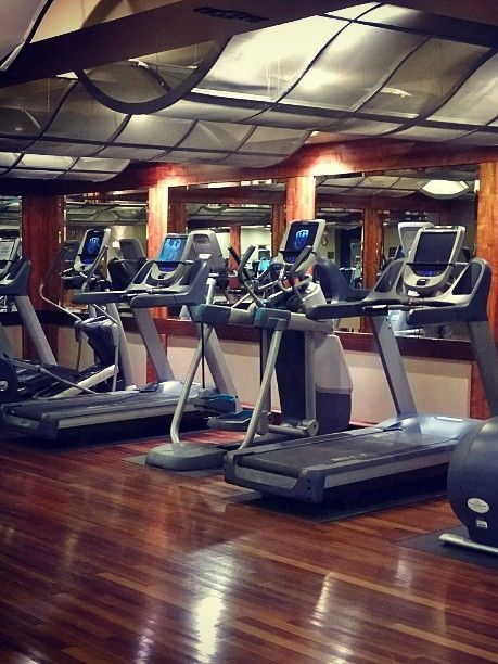 This is what a 4 AM workout at Grand Hyatt Seattle looks like. Photo courtesy of Pekka Ruotsalainen.