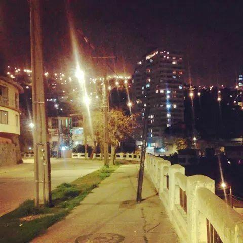 Mi puerto de noche... Valparaiso de mi amor!!