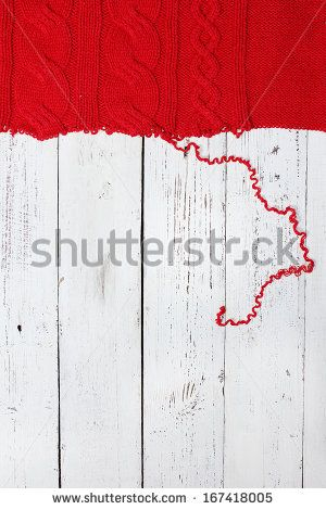 unraveling knitted woolen background