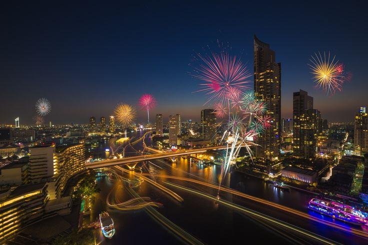 Photo Bangkok new year 2015 par Payont Thanasatirakul on 500px