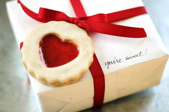 Create a cookie heart gift tag with salt dough and Dimensional Magic!