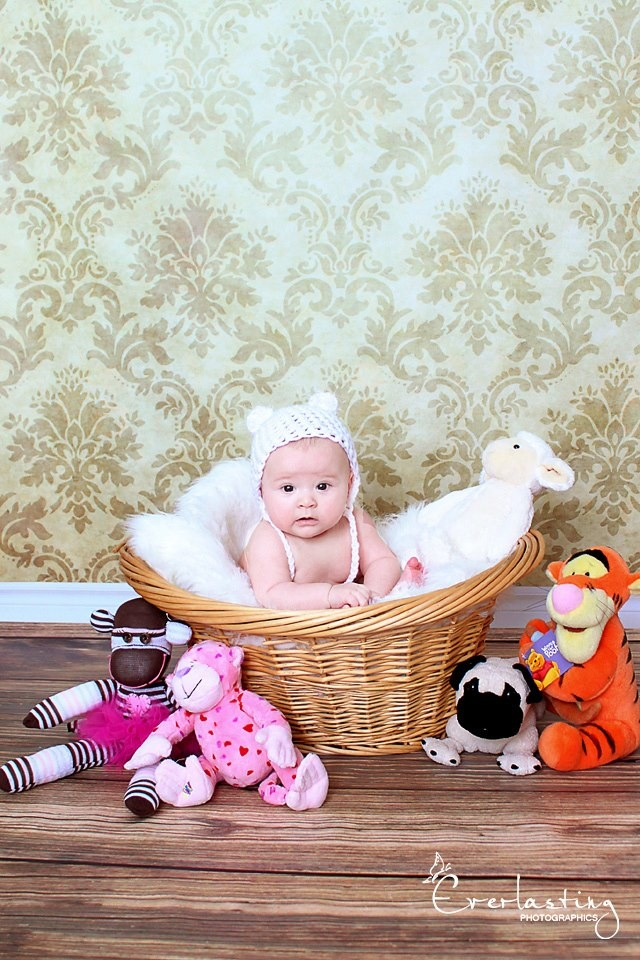 Everlasting Photographics 3 month session (Part of the Watch Me Grow Package) Isn't she the cutest!?