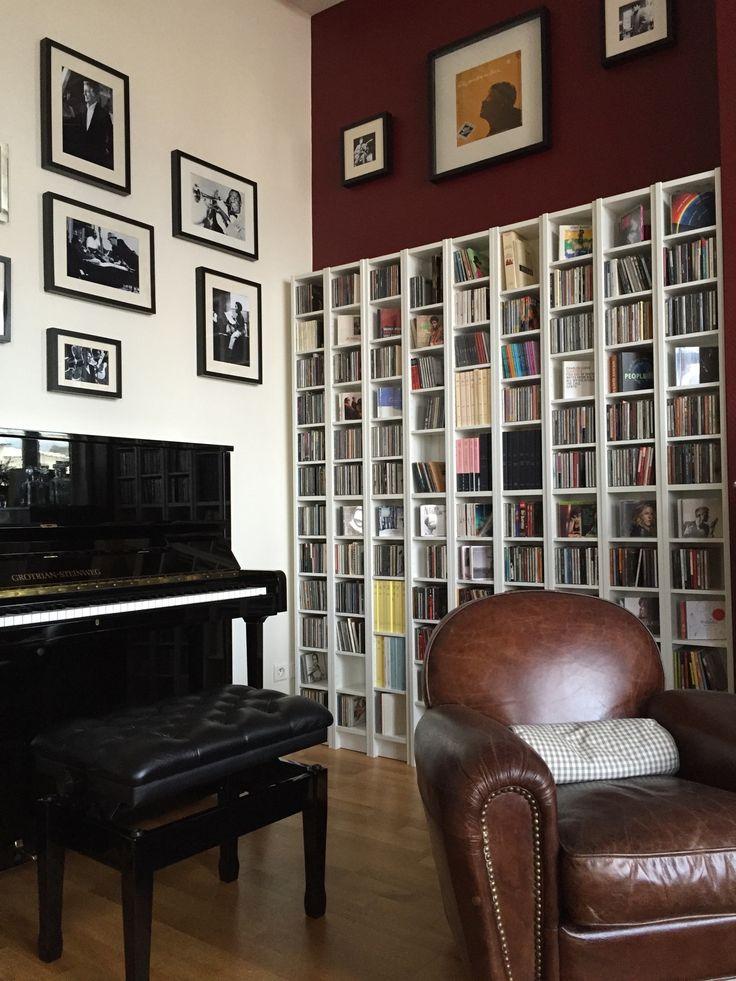 Ikea gnedby and wall frame ribba embellir son salon par for Fixer un meuble mural ikea