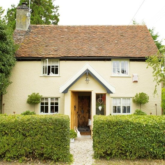 Three-bedroom cottage in Suffolk, built in 1780. Read more at http://www.housetohome.co.uk/house-tour/picture/rustic-family-cottage#sL8FoD7wTDi0EbqE.99