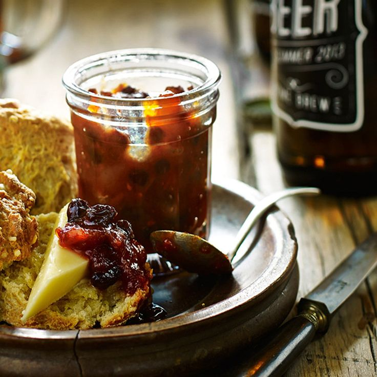 Fruit Chutney with tomatoes, apples, onions and dried fruit