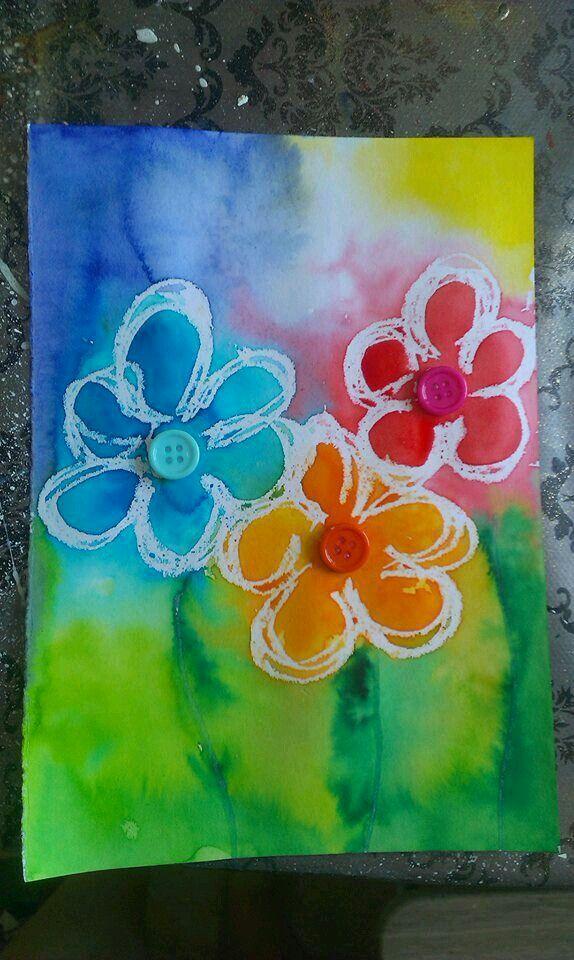 • Bloemen tekenen met wasco en nadien overschilderen met ecoline •