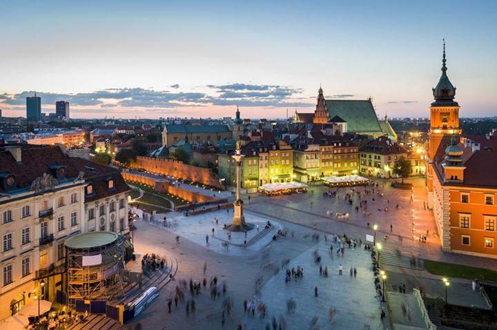 Plan een voorjaars stedentrip naar Warschau, Polen. Retour vliegtickets slechts €34,77  http://www.vakantiepiraten.nl/?p=1489