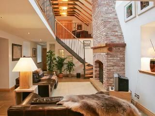 THE OLD COACH HOUSE, stylish character conversion with open fire, garden, balcony, Coldingham Ref 29322 - Coldingham Holiday Cottages - TripAdvisor