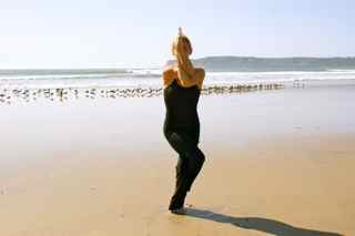 eagle pose garudasana •strengthens and stretches the ankles and calves •stretches the thighs