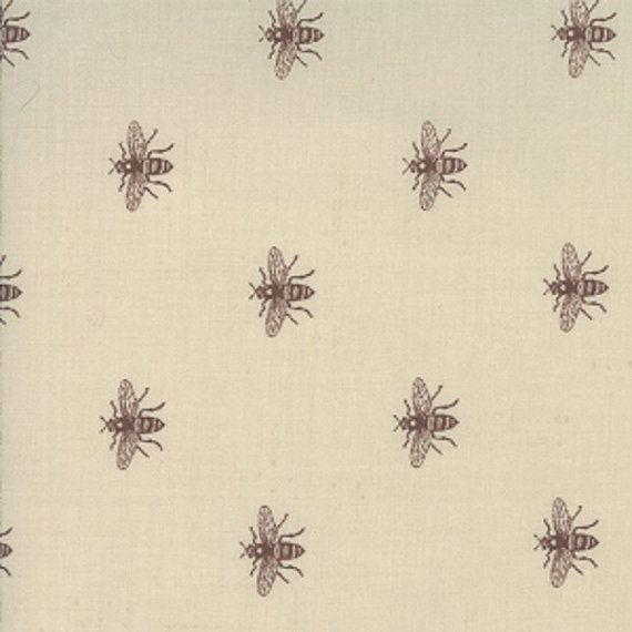 Moda French General Josephine Beauharnais Bee Fabric In Oyster