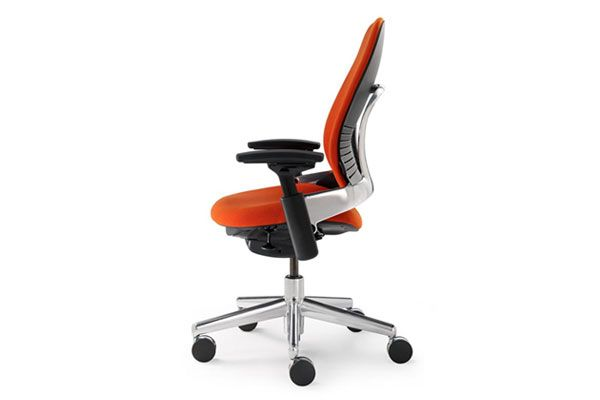 Best Office Chair is the Steelcase Leap | The Wirecutter