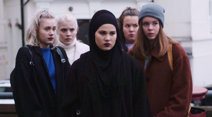 Unge i dag føler skam over ikke at være perfekte. Tv-serien 'Skam' sætter fokus på kuldsejlet ...