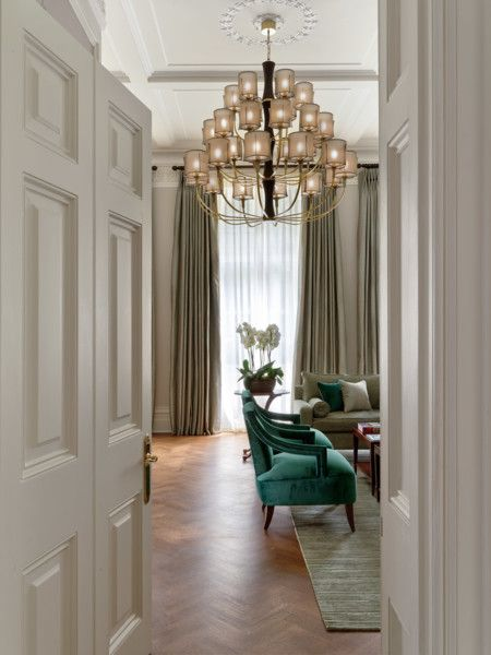 TIMELESS KNIGHTSBRIDGE by Staffan Tollgard Home to an inspiring, international family this exceptional house reflects a life well travelled and well-lived.