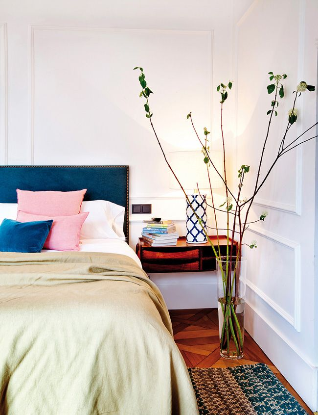 Beatriz Silveira is an interior designer from Madrid, Spain whose spaces I am completely lustin...