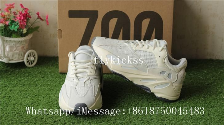 a61dcc394 Adidas Yeezy Boost 700 ANALOG EG7596