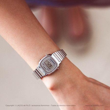 Relógio Casio Prateado Vintage LA670WA-7DF