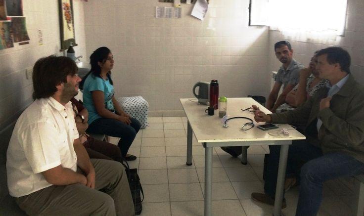 La Universidad del Chubut comienza a dictar en marzo el curso de Auxiliar en Enfermería en Cholila http://www.ambitosur.com.ar/la-universidad-del-chubut-comienza-a-dictar-en-marzo-el-curso-de-auxiliar-en-enfermeria-en-cholila/ En el marco de un convenio firmado entre la Universidad del Chubut, el Ministerio de Educación y el Ministerio de Salud, y con un gran interés por parte de la comunidad, se ofrecerá en Cholila el Curso de Formación en Auxiliares de Enfermería, tot