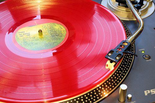 The Beatles 1962-1966 red vinyl & apple label by Jay Tilston, via Flickr