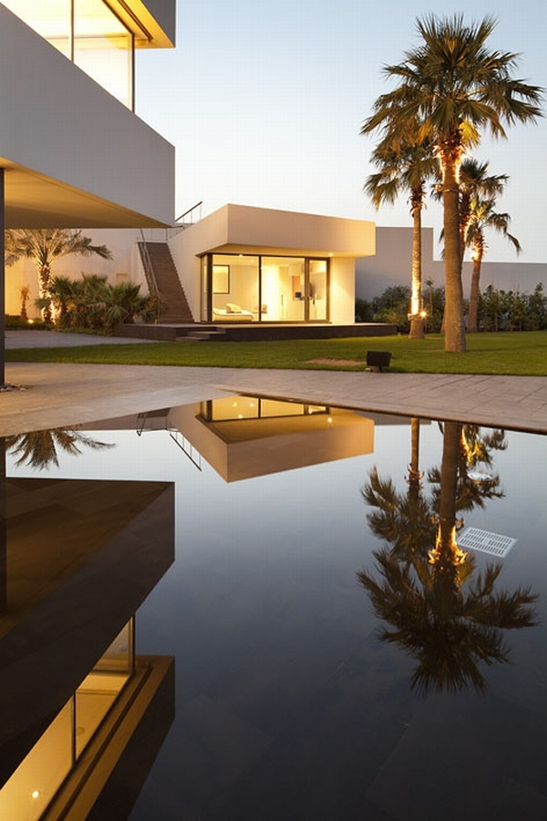 Modern Minimalist Star House in Bnaider, Kuwait by AGi Architects
