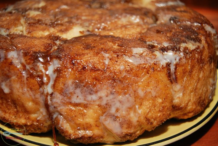 Sweet and sticky skillet monkey bread | Recipe