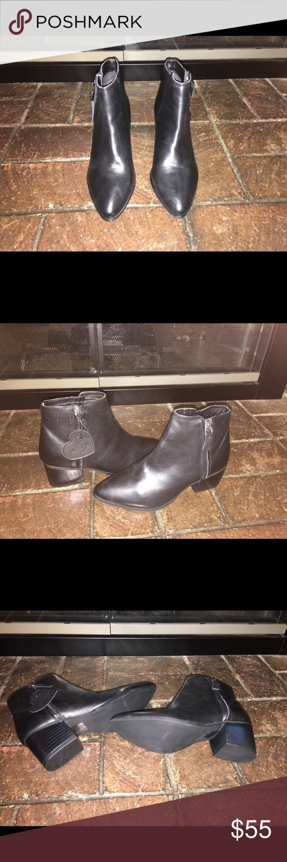 "Topshop Black ""Bardot"" Side Zip Boot These are brand new and a perfect classic minimalist black boot with a 2"" heel and pointed toe. Topshop Shoes Heeled Boots"