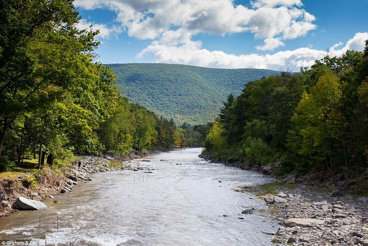 For the ultimate city escape, head north of New York City to the picturesque Catskill Moun...