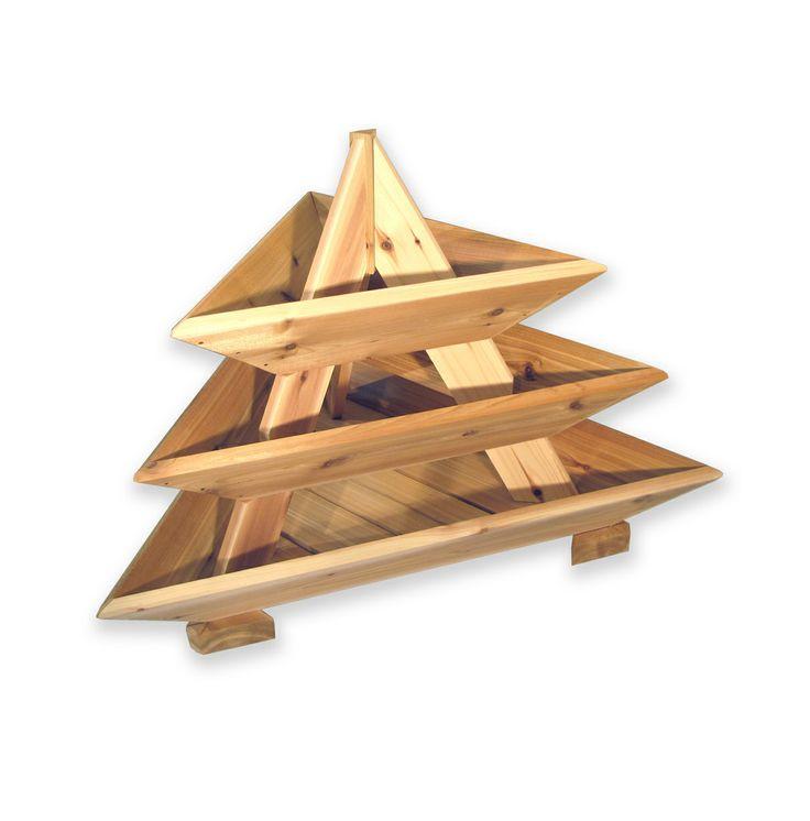 Empty 3 level pyramid