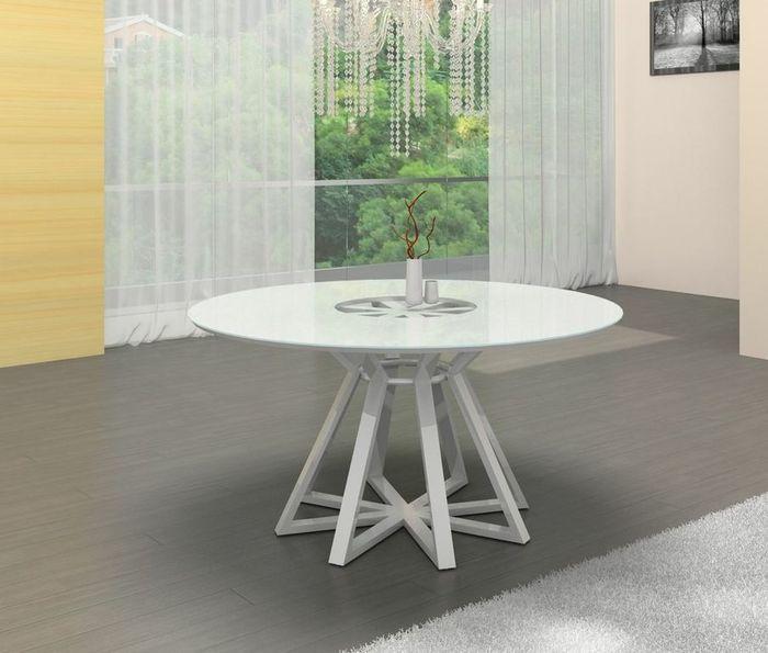 CB Kloten Round Dining Table