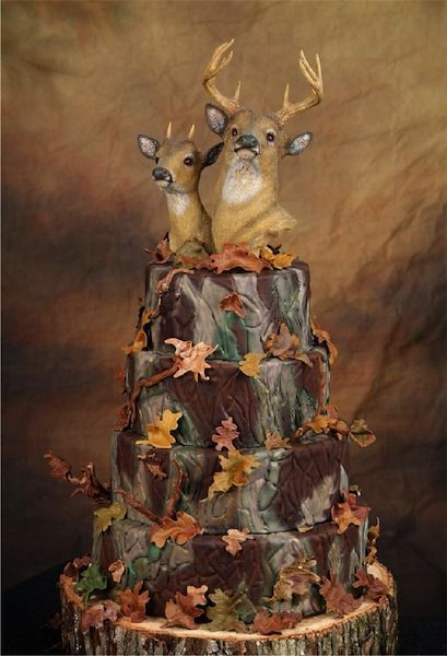 outdoorsy Wacky and Crazy #Wedding Cakes. I'm speechless on some of these! #ww http://www.surfandsunshine.com/crazy-wedding-cakes/