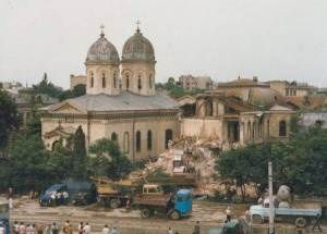 Vedere din București. Demolarea bisericii Sfânta Vineri Herasca. Sursa: biserica-sfanta-vineri-herasca.crestinortodox.ro