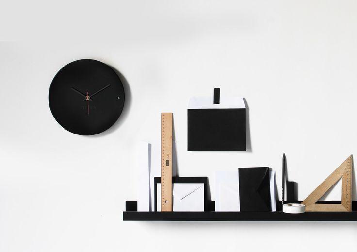 Ρολόγια τοίχου. Wall clock tre small black 45€ | xline ρολογια τοιχου