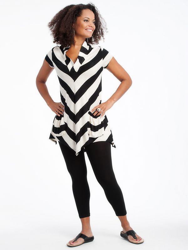 Aline Tunic with leggings www.lousjeandbean.ca  #lousjeandbean #stripes #tunic #leggings #shoplocal #canadianmade Tessa Oort ~ Lousje & Bean