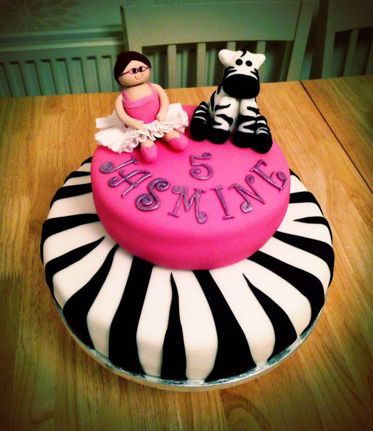 Daphne Made Her Own Birthday Cake Too: 64 Best Juventus Cakes Images On Pinterest