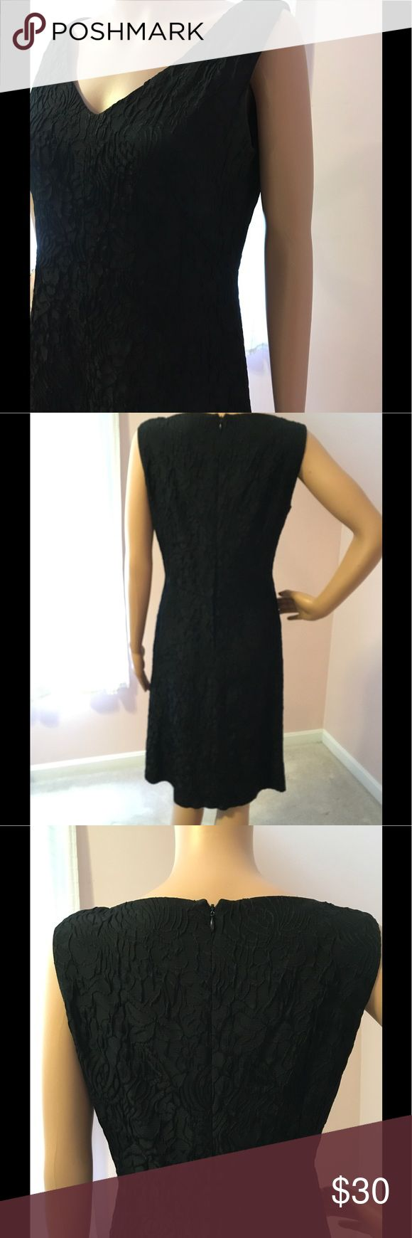 Donna Ricco Dress Black brocade dress with just the right fit. No lumps or bumps show through.  Timeless look. Donna Ricco Dresses