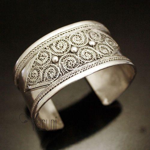 Bijoux Ethniques Népal Bracelet Manchette en Argent Filigrane Newar