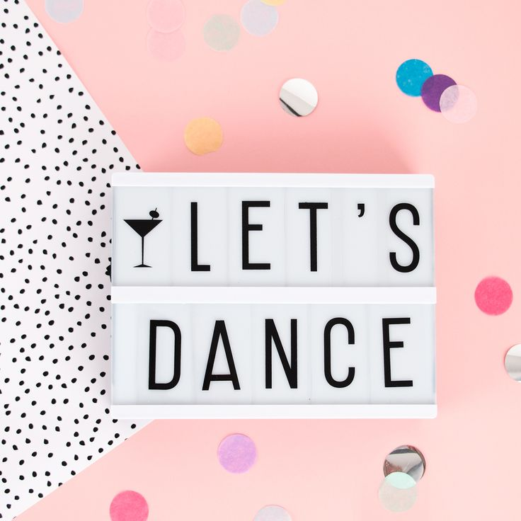#tgif Ce soir on danse! #letsdance #lightbox #mylittleday #dailydoseoffiesta
