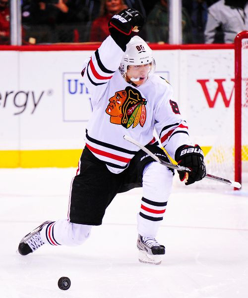 Patrick Kane scored the first goal of the 2013 NHL season