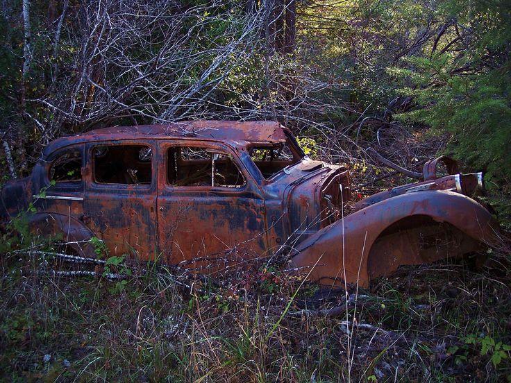 фон на рабочий стол - Старые автомобили: http://wallpapic.ru/transport/old-cars/wallpaper-14709