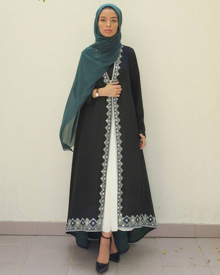 """6,000 Likes, 88 Comments - Saufeeya Goodson (@feeeeya) on Instagram: """"Emerald green @endemage (look 5 from their eid Collection). The abaya will always be timeless and…"""""""