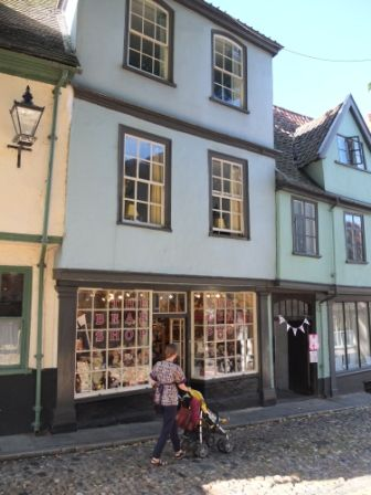 The Bear Shop, Elm HIll, Norwich Cathedral Quarter