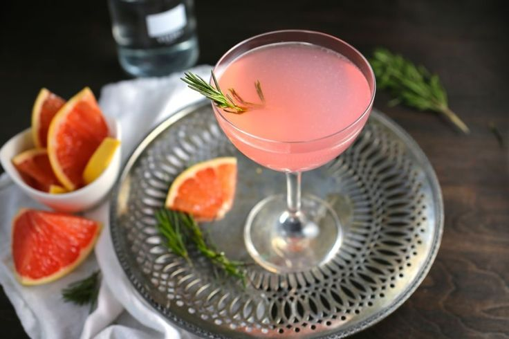 The French Tart - Grapefruit and Rosemary Cocktail *one of the best ever!!