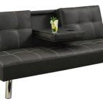 Ένας απλός λυτός και πολύ οικονομικός καναπές κρεβάτι, με πτυσσόμενο τραπεζάκι με ποτηροθήκη. Διατίθεται σε δύο απόχρωσης, Μαύρο και σκούρο Καφέ Υλικά κατασκευής: Ξύλο & Τεχνόδερμα Διαστάσεις  180X80X80cm Διαστάσεις κρεβατιού 100X180X38cm