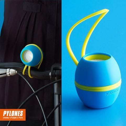 #ParlanteLOOP'd #Azul y #Amarillo en #PylonesColombia    #Pylones #Pylonesco #Speaker #New #Parlantes #Blue#Bicicleta #Skateboarding #Portatil #Mini #Colombia #Bogota #Bucaramanga #Sonido #Speakers #Sound #Bluetooth @pylonesco