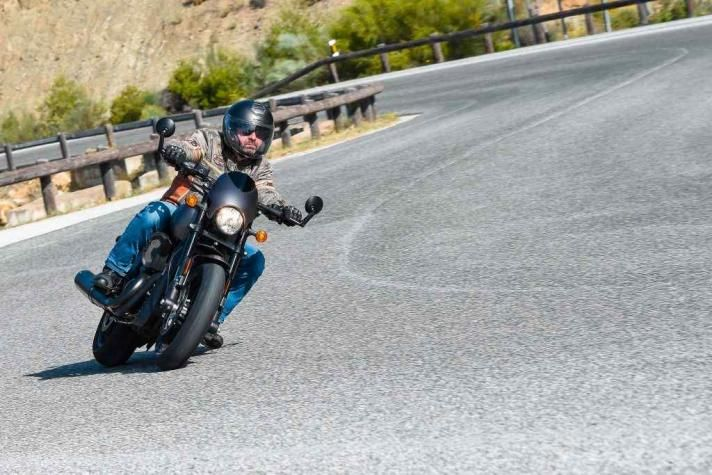 Harley-Davidson Street Rod: Con carácter sport - https://tuningcars.cf/2017/07/29/harley-davidson-street-rod-con-caracter-sport/ #carrostuning #autostuning #tunning #carstuning #carros #autos #autosenvenenados #carrosmodificados ##carrostransformados #audi #mercedes #astonmartin #BMW #porshe #subaru #ford