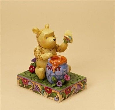 Disney tradition - Pooh with Honey and Butterfly