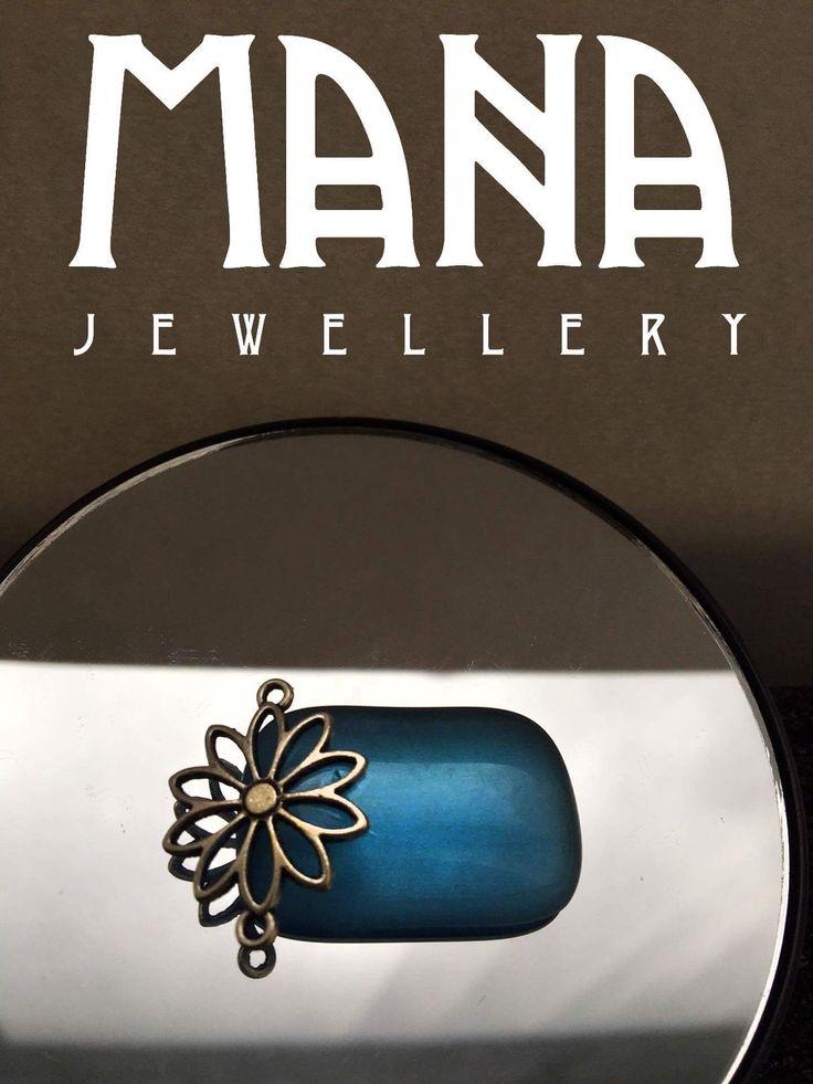 Glass pendant  https://www.etsy.com/shop/MANAByGekova