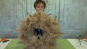 scarecrow-wreath-legs-two-layers-ruffles-trendytree
