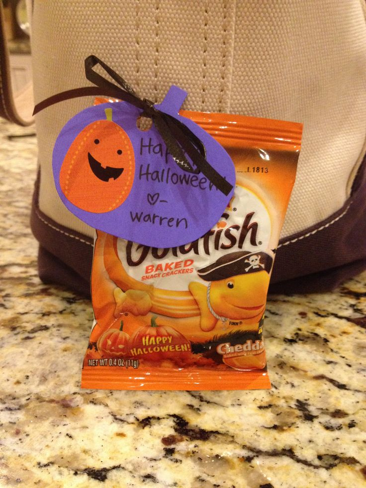 Halloween treats for toddlers!  Need to make some of these for Owlet's class.