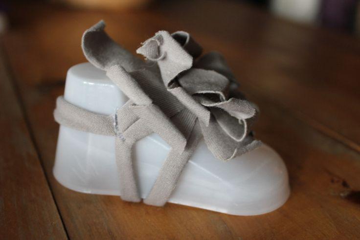 Baby Foot Flowers - Grey