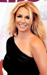 Britney Spears 2013 (Straighten Crop).jpg
